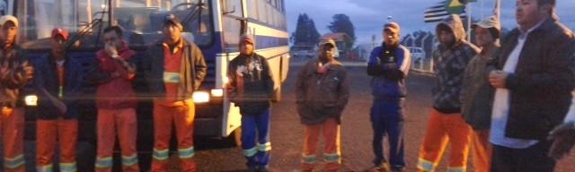 Profissionais da Vale que atuam nas obras da rodovia SP 245 conversam sobre temas relacionados à segurança